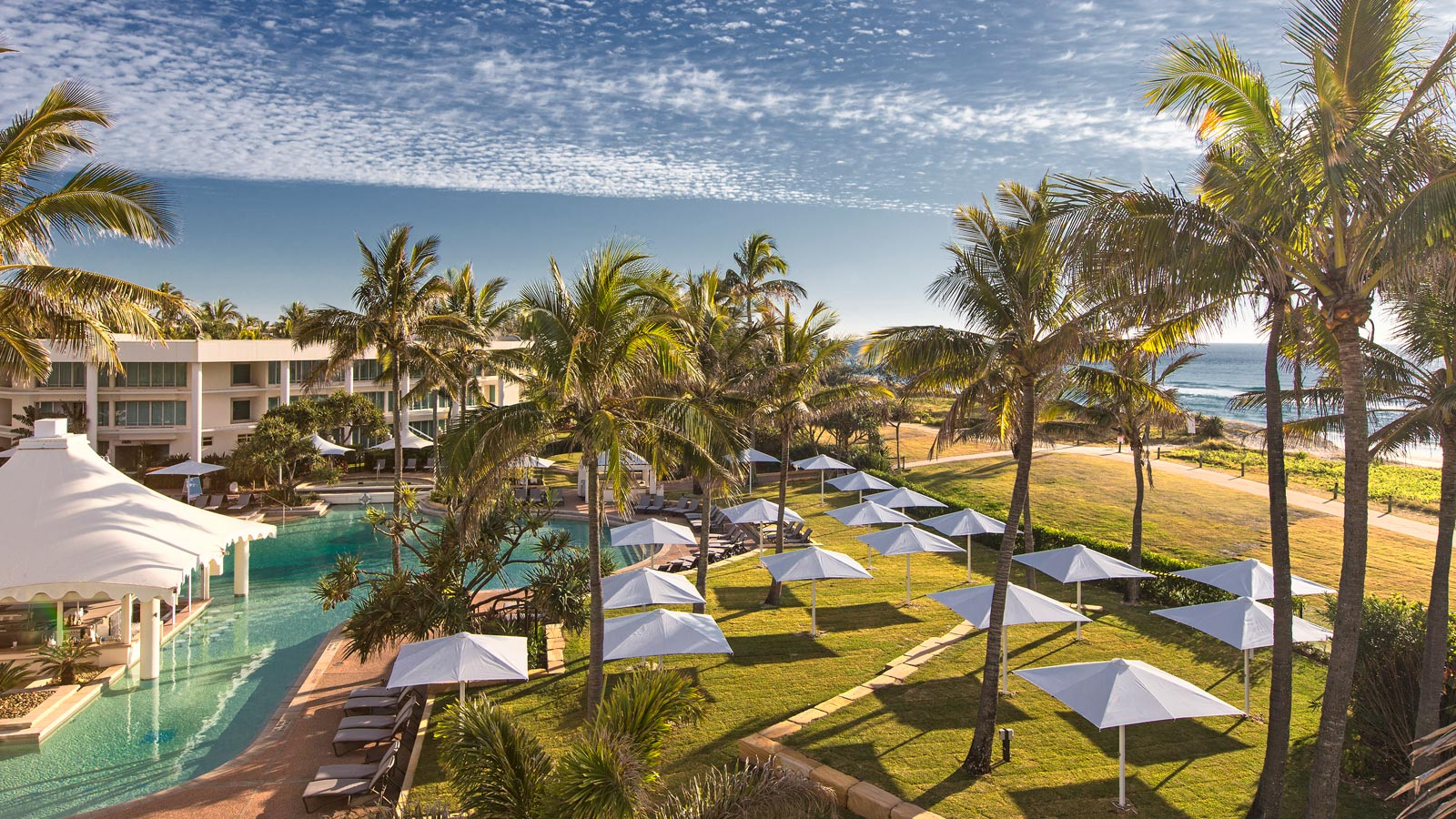 Oasis-Pool-Lawn-Aerial